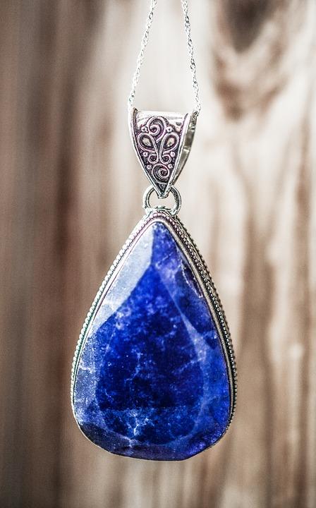 sapphire-1433321_960_720